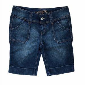 2/$15 Seductions Bermuda Low Jean Shorts Size 11